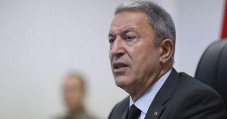 Bakan Akar: 'Rusya ile hava sahası için görüşülüyor'
