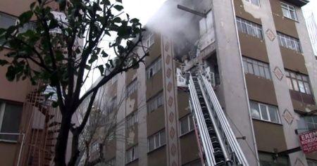 Güngören'de önce patlama sonra yangın: 1 kişi yaralandı