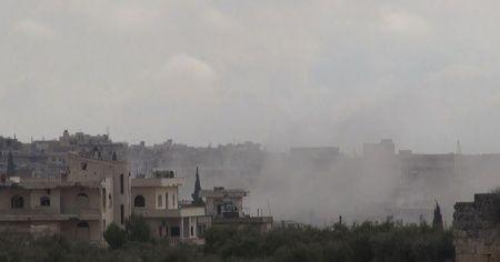 İdlib'de 18 sivil yerleşim Rus bombardımanı altında