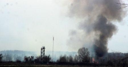 Mültecilerin akın ettiği Yunanistan sınırında esrarengiz yangın