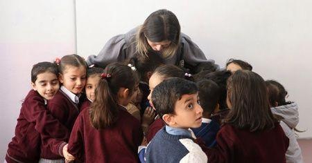Öğretmeni, depremde hayatını kaybeden öğrencisi için gözyaşı döktü