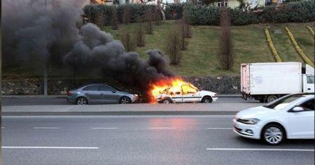 Şişli'de LPG'li otomobil alev alev yandı