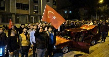 Uşak'ta vatandaşlardan kahraman Mehmetçik'e destek