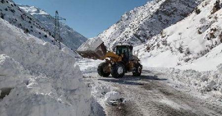 Van'da 37 yerleşim yeri yolu ulaşıma kapandı