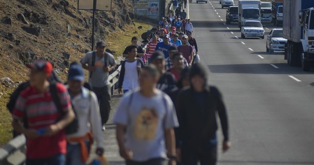 ABD, tüm kaçak göçmenleri Meksika'ya yollayacak