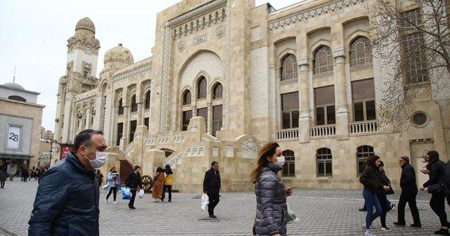 Azerbaycan korona virüsüne karşı önlemlerini sertleştirdi