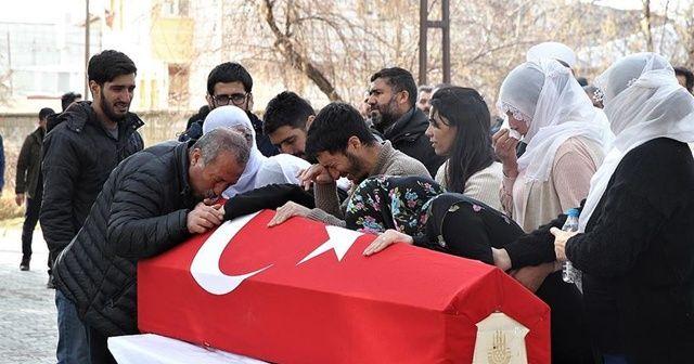 Çığ altından çıkarılan itfaiye eri Daşdemir'in cenazesi defnedildi
