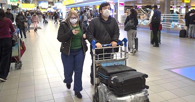 Hollanda Çin'den ithal ettiği maskeleri toplatma kararı aldı