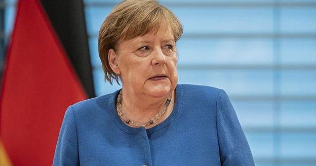 Merkel'e gizli rapor: Bir milyon kişi ölebilir