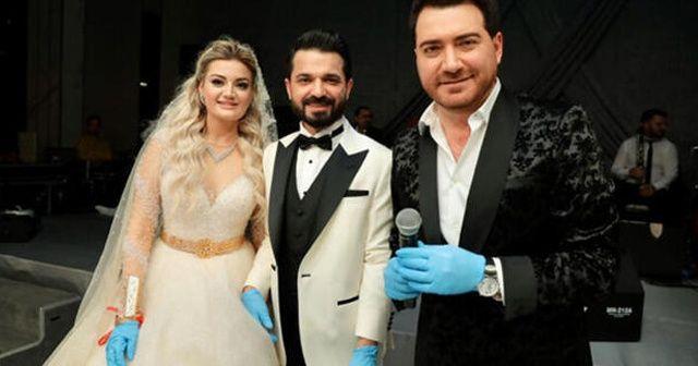 Murat Kurşun'dan eldivenli konser