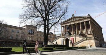 Almanya'da Kovid-19 nedeniyle yoğun bakım yatak kapasitesinin artırılması çağrısı