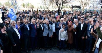 Diyarbakır'da AK Parti'ye dev katılım