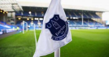 Evertonlı futbolcuda korona virüs şüphesi!