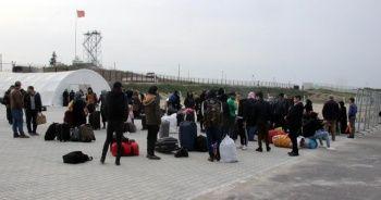 Suriyelilerin ülkelerine gidişleri durduruldu