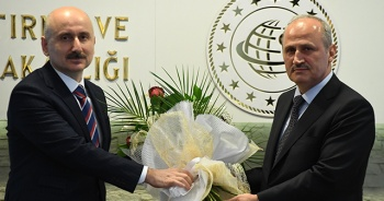 Ulaştırma ve Altyapı Bakanı Adil Karaismailoğlu görevi devraldı