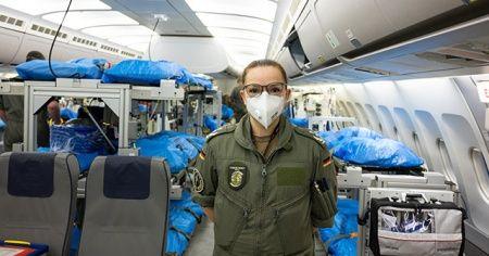 Alman Hava Kuvvetleri, İtalya'dan hasta taşımaya başladı
