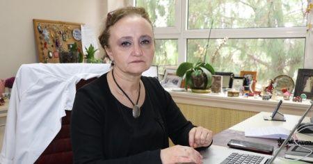 Bilim kurulu üyesi Prof. Taşova: Virüs Adana'da daha çabuk kırılabilir