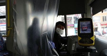 """İstanbul'da otobüs şoföründen ilginç """"Koronavirüs"""" önlemi"""
