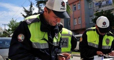 İstanbul Emniyet Müdürlüğü, koronavirüs yasaklarına uymayanlara ceza yağdırdı