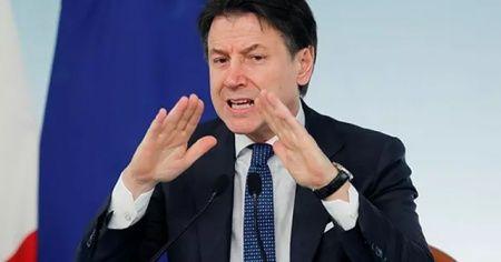 İtalya yanında olmayan AB'yi sert bir dille eleştirdi