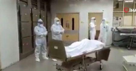 Koronadan dolayı hayatını kaybeden 2 Müslüman doktor için cenaze namazını kılındı