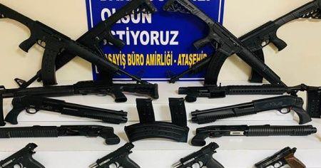 Telefon ile sipariş alarak silah satışı yapan şahıslar yakalandı