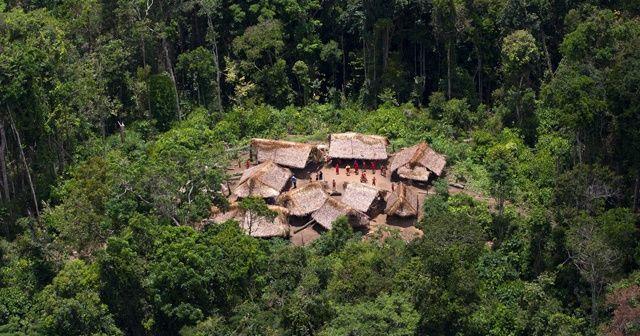 Amazon ormanlarında Covid-19'a yakalanan çocuk hayatını kaybetti