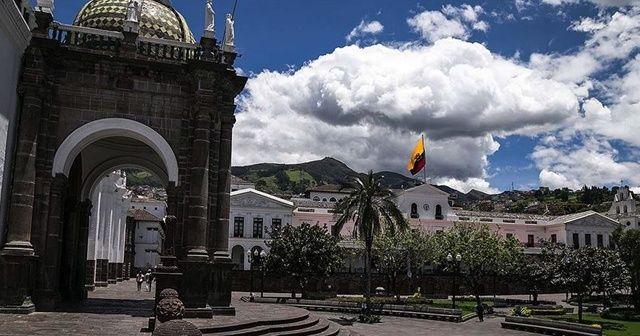 Ekvador'da evlerden ve hastanelerden 500 ceset toplandı