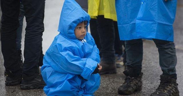 İnsan Hakları İzleme Örgütünden Yunanistan'a refakatsiz çocuk sığınmacılar serbest bırakılsın çağrısı