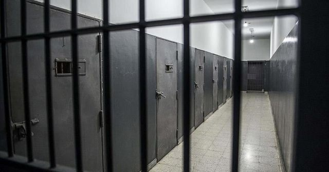 İsrail'de cezaevlerinde Kovid-19 tehlikesi baş gösterdi