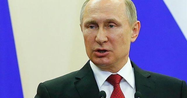 """Putin: """"Suriye'de yerli silahların kullanımında deneyim elde ettik"""""""