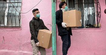 İşadamı Nevzat Kaya ihtiyaç sahiplerine yüzlerce gıda kolisi dağıttı