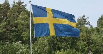 İsveç'te başörtüsü yasağını uygulamayan okul müdürü görevden alındı