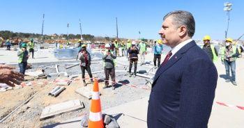 Sağlık Bakanı Koca, Sancaktepe'de yapılan hastanenin inşaatını inceledi