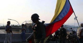 Venezuela'daki başarısız darbe girişiminin üzerinden 1 yıl geçti