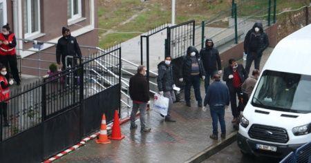 49 tır şoförü kaldıkları öğrenci yurdundan ayrıldı