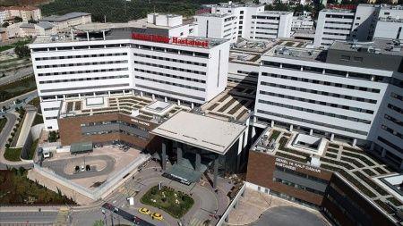 Adana Şehir Hastanesi Kovid-19'la mücadelede aktif rol alıyor