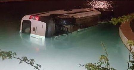 Aracıyla havuza uçan sürücü 1.96 alkollü çıktı