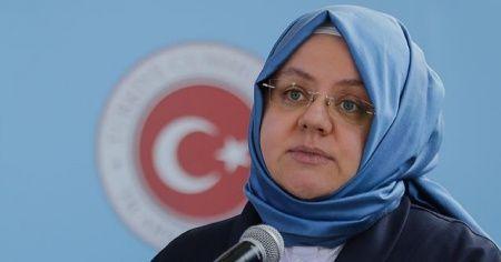 """Bakan Selçuk'tan """"kadına yönelik şiddetle mücadele"""" açıklaması"""