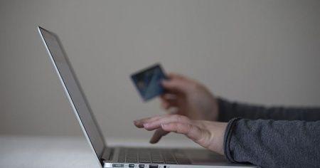 Bankalardan emeklilere maaş ve ikramiye ödeme tavsiyesi