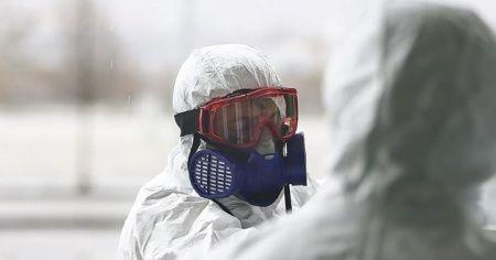 Bilim insanlarından Beyaz Saray'a 'Kovid-19 nefes alma ya da konuşma yoluyla bulaşabilir' uyarısı