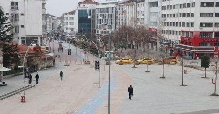 Bolu'da Kovid-19'a karşı il, ilçe ve köylere ulaşım kısıtlandı, tek-çift plaka sistemine geçildi