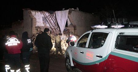 Diyarbakır'da kerpiç ev çöktü: 2 ölü
