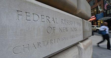 Fed, büyük bankaların kaldıraç zorunluluklarını geçici gevşetti