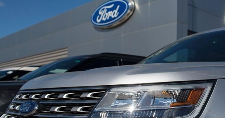 Ford, Avrupa fabrikalarında üretimin askıda kalma sürecini 4 Mayıs'a uzattı