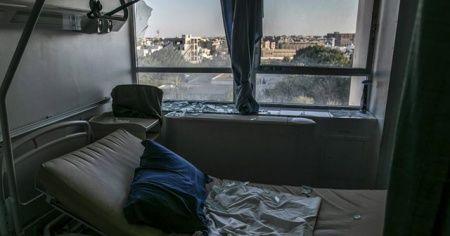 Hafter milisleri Trablus'ta Kovid-19 tedavisine tahsis edilen hastaneyi 3. kez hedef aldı