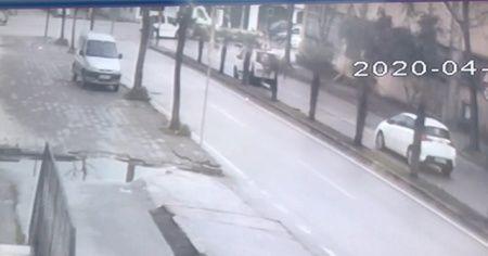 Hasta taşıyan ambulans yan yattı