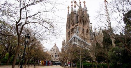 İspanya'da Kovid-19'dan dolayı olağanüstü hal 25 Nisan'a kadar uzatılacak