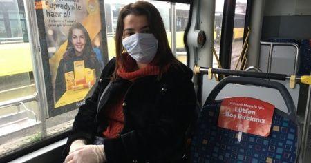İstanbullular, toplu taşımalarda maske kuralına özen gösteriyor