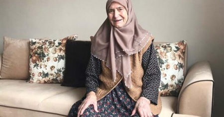 Koronavirüsten 86 yaşında kurtuldu